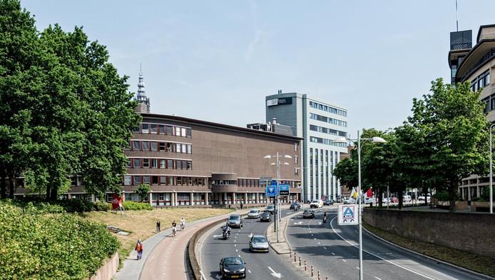 En wéér is het stadhuis van Amersfoort het toneel van een datalek, ditmaal met gegevens van leerlingen.