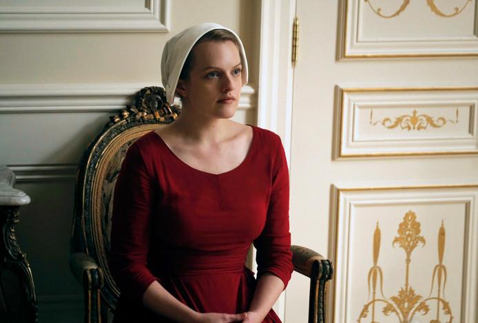 "Elisabeth Moss dans ""The Handmaid's Tale""."