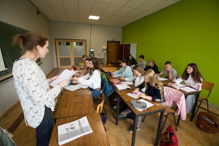 Studenten van het vijfde en zesde jaar volgen extra lessen om zich voor te bereiden op de ingangsexamens.