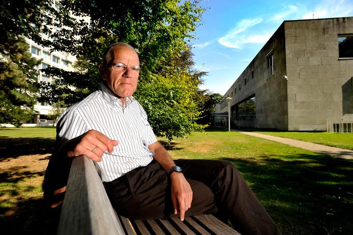 Harry Verbon, hoogleraar economie.