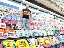 Ton Merckx verzamelt wielershirts en heeft er al 2300: 'Elk shirt geeft weer een heel apart gevoel'