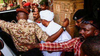 Afgezette president van Soedan naar parket gebracht