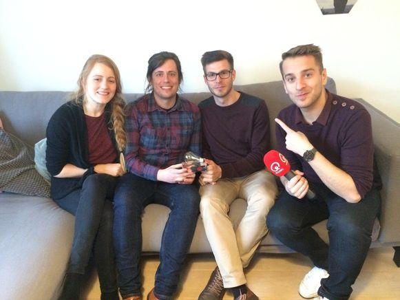 Bart Wolput (tweede van rechts) kreeg de Plezante Premie van Sam De Bruyn.