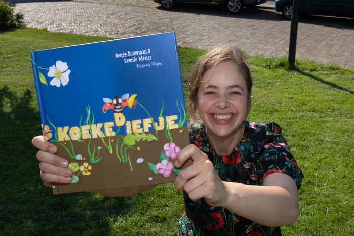 Renee Bouwman is een uitgeverij begonnen en maakt kinderboeken.