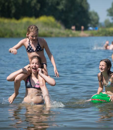 Recreatiegebied Zwanewater bij Huissen krijgt 10.000 drijvende zonnepanelen
