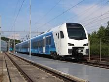 Testritten met nieuwe trein op traject Zwolle-Wierden van start