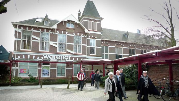 Warenar in Wassenaar.
