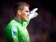 Ontwrichte schouder in krankzinnige penaltyreeks houdt doelman Van der Hart maanden aan de kant