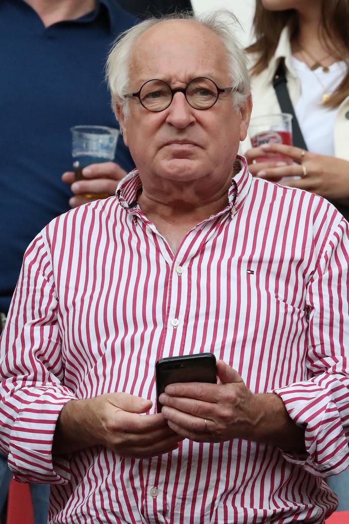 Ook Ajax-fan Youp van het Hek is van de partij.