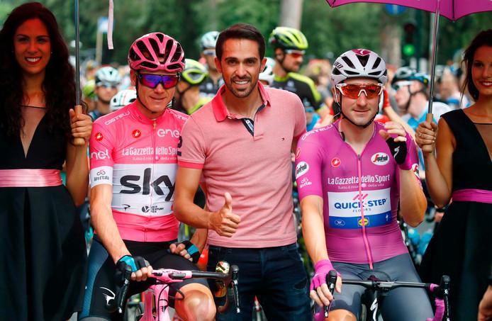 Froome (l) en Elia Viviani (r) met Contador.