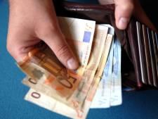 'Ik gaf hem mijn spaarrekening en kreeg helemaal niets terug'