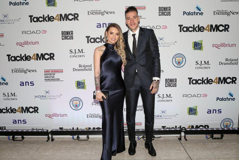 Ederson Moraes met zijn vrouw.