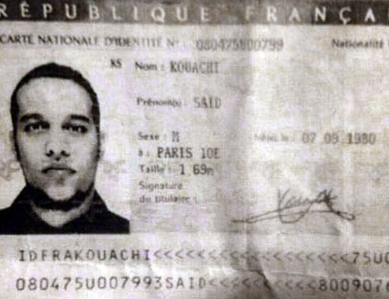 De identiteitskaart van Saif Kouachi die de politie in een auto vond. Saif, mogelijk de man die Marabet doodde,zou volgens inlichtingendiensten een militaire training hebben gehad van het Al Qaida-filiaal in Jemen. Beeld anp