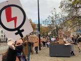 Protest in Tilburg tegen de Poolse abortuswet