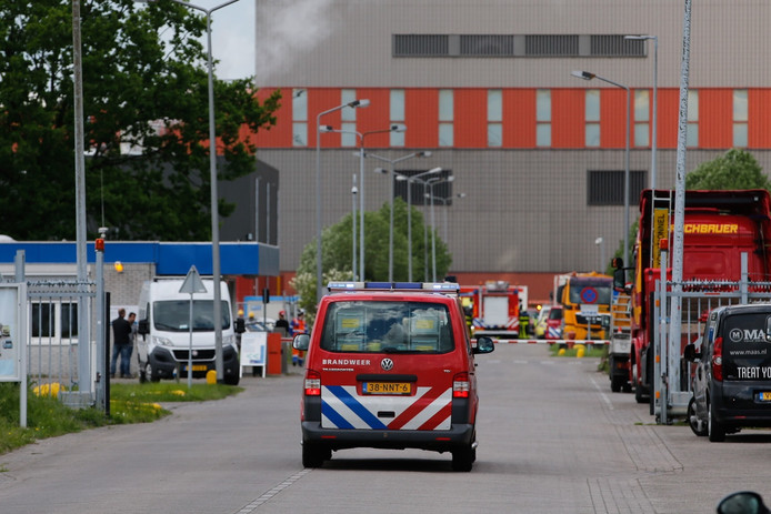 Brandweer ter plaatse bij de Amercentrale.