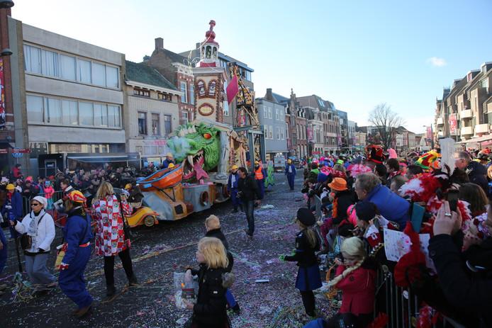 Optocht op de Markt in Roosendaal.