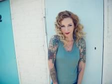 Metalzangeres Anneke: Ik zing Hazes in de karaokebar