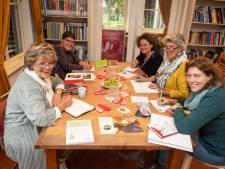 Zoetermeerders klimmen in de pen bij schrijfcafés