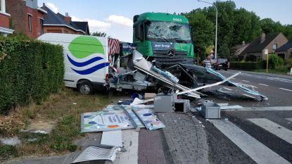 Naakte vrachtwagenchauffeur verplicht opgenomen voor psychologisch onderzoek na ravage in Bierbeek