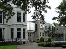 Honderden handtekeningen om oude gemeentehuis Asperen te laten staan