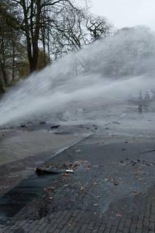 Duizenden liters water ruïneren huis van Bart en Petra in Kampen: 'Zelfs de bakstenen zijn eruit gespoten'