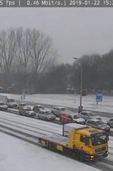 Winterweer veroorzaakt verkeersinfarct in en rond Gelderse steden