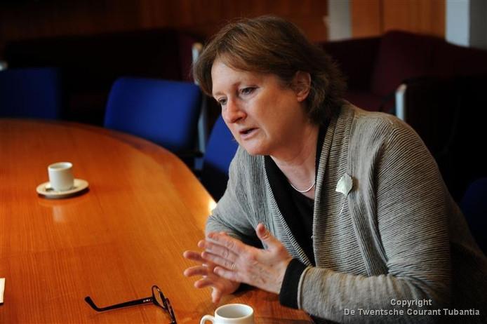 Burgemeester Jon Hermans roept op tot nette dialoog en hoopt dat anonieme schelders zich melden. Foto: Annina Romita