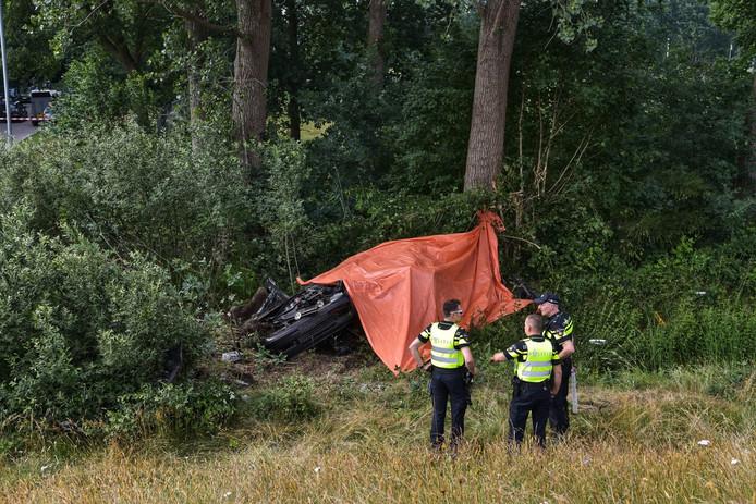 Het slachtoffer van de dodelijke aanrijding op de A59  is een 16-jarige jongen uit Oosterhout.