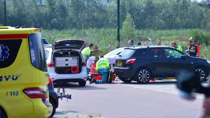 Hulpverleners in Breukelen na het schietincident waarbij Jaïr Wessels om het leven kwam.
