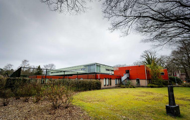 De forensisch psychiatrische kliniek FPA Utrecht (voorheen Altrecht Aventurijn) waar Michael P. in een forensisch psychiatrische afdeling verbleef en waar nu de 44-jarige Peter M. is ontsnapt. Beeld ANP