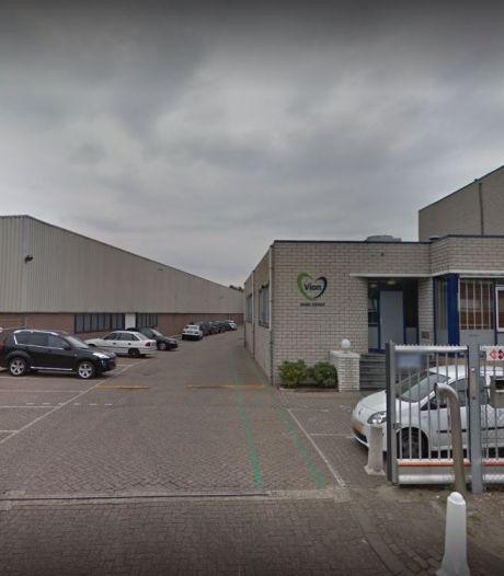 Scherpenzeelse vleesfabriek met besmette arbeiders mag van de inspectie open blijven