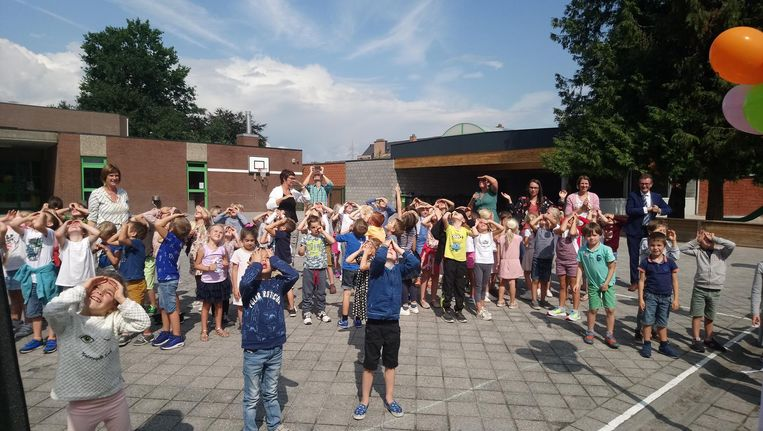 De opening zorgde voor een klein feestje in de school Maria Middelares.