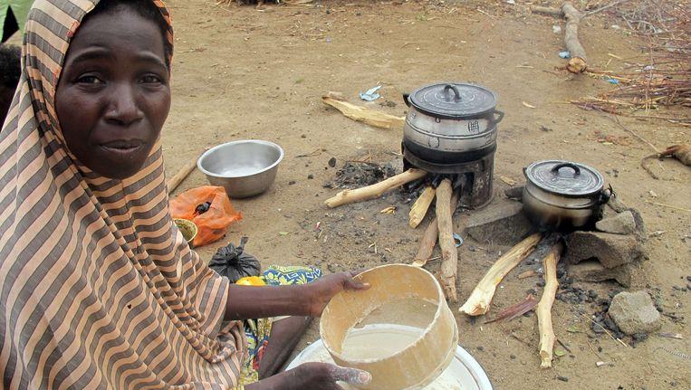 Een vrouw in een vluchtelingenkamp in Nigeria.