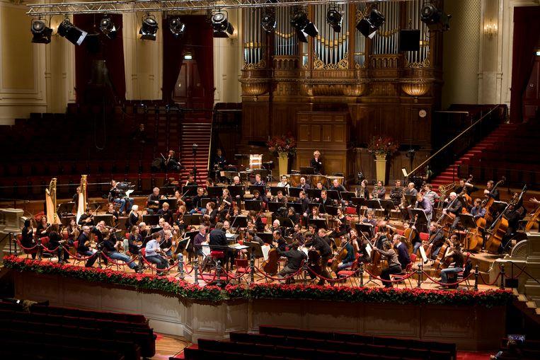 Het Koninklijk Concertgebouworkest onder leiding van dirigent Mariss Jansons in 2008. Beeld ANP XTRA