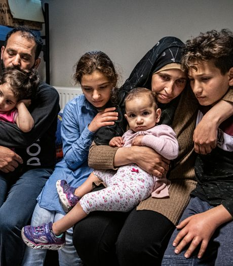 Syrische jongen (14) pleegt zelfmoord op azc-terrein: 'Hij wilde per se in Nederland blijven'