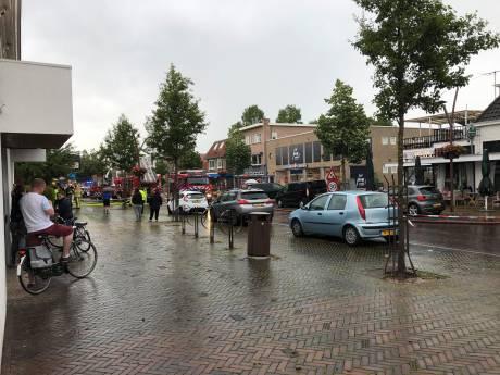 Oorverdovende onweersknal trilt Jannie van het dak in Dedemsvaart: 'Ik sta nog te shaken'