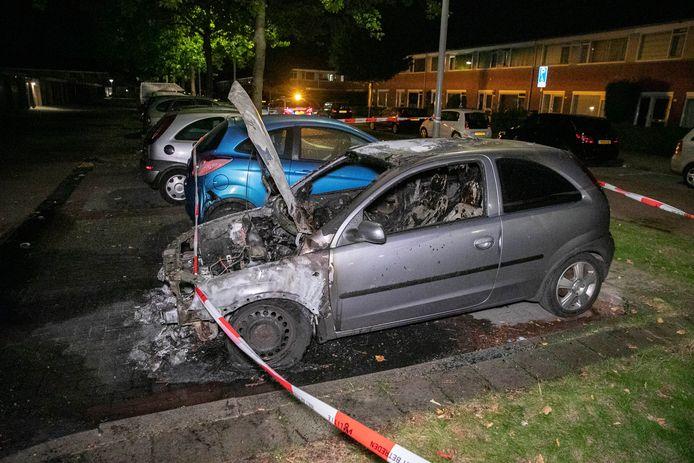 Een voertuigbrand aan de Keurvorstlaan in Arnhem