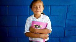 """Plan International waarschuwt voor impact van corona op meisjes wereldwijd: """"Meer uithuwelijking en genitale verminking en minder anticonceptie"""""""