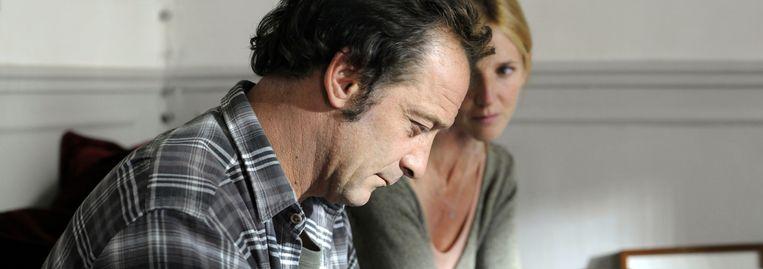 Vincent Lindon en Sandrine Kiberlain in Mademoiselle Chambon (Stéphane Brizé, 2009). Beeld