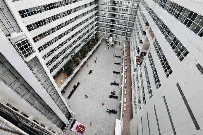 Grootste Atrium van Nederland is het Atrium van het Stadhuis.