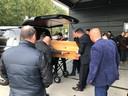 Uitvaart van de vermoorde Deme Lulaj bij de moskee in Winterswijk