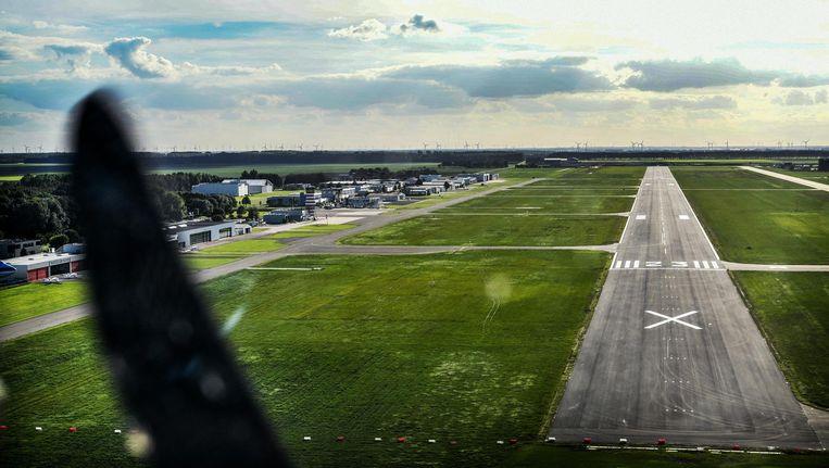 Lelystad Airport bij aankomst. Beeld Hollandse Hoogte/Eric Brinkhorst