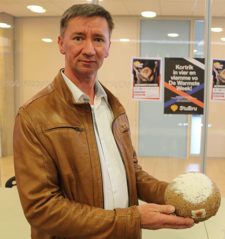 Bakker Christof Bekaert verkoopt al 'Warmste Meergranen Broodjes'