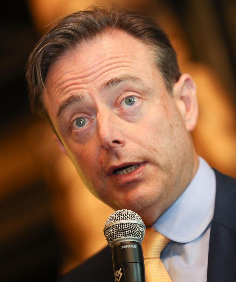 Bart De Wever (N-VA) doet dan ook een oproep aan alle partijen hier werk van te maken.