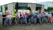 IMSIR schenkt twintig fietsen aan Groenlaar