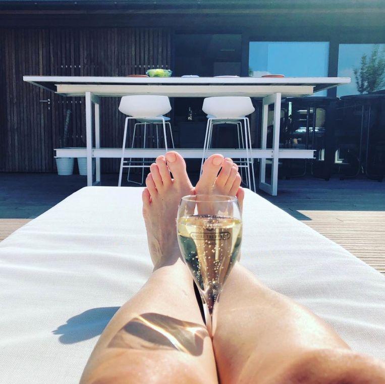 De benen van Hilde Crevits.
