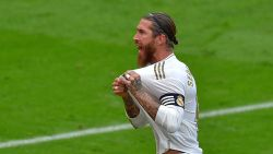 Ramos opnieuw de verlosser (na tussenkomst VAR): Real wint nipt bij Bilbao en zet Barça voorlopig op zeven punten