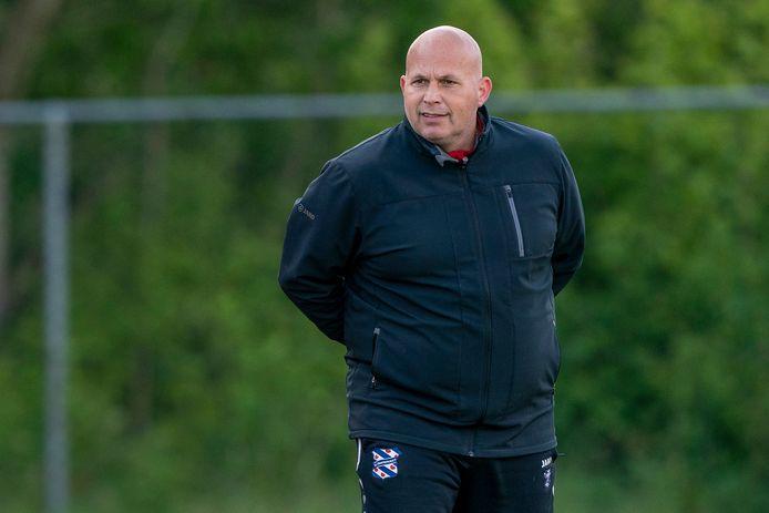 Bosschenaar Raymond Vissers is nog twee jaar keeperstrainer bij Heerenveen.