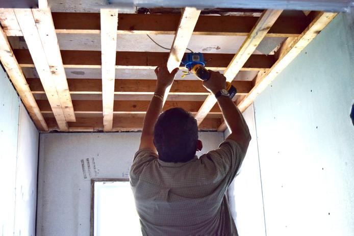 Kleinere bouwprojecten zijn minder vaak vergunningsplichtig en kunnen makkelijker doorgaan.