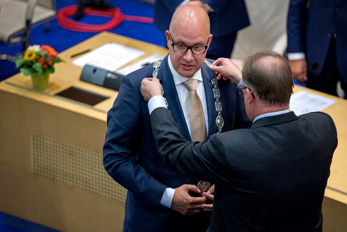 De installatie van de nieuwe burgemeester  van Den Bosch,Jack Mikkers